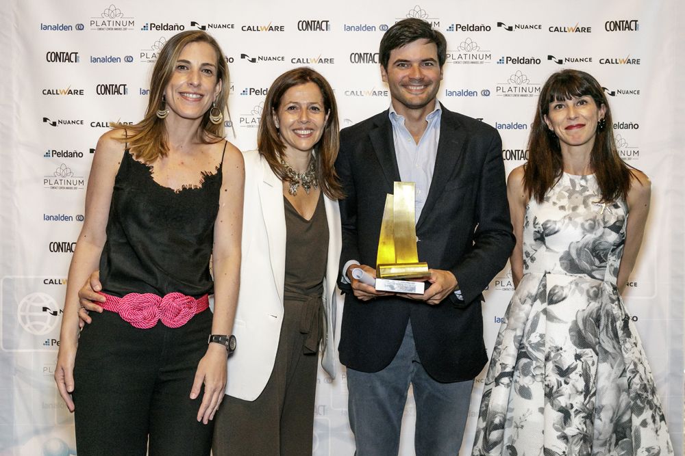 Unisono receives the award at Best Contact Center Platinum 2016